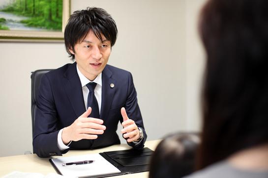 アトム市川船橋法律事務所弁護士法人 千葉支部 プライバシーが確保されたスペースでの弁護士と法律相談